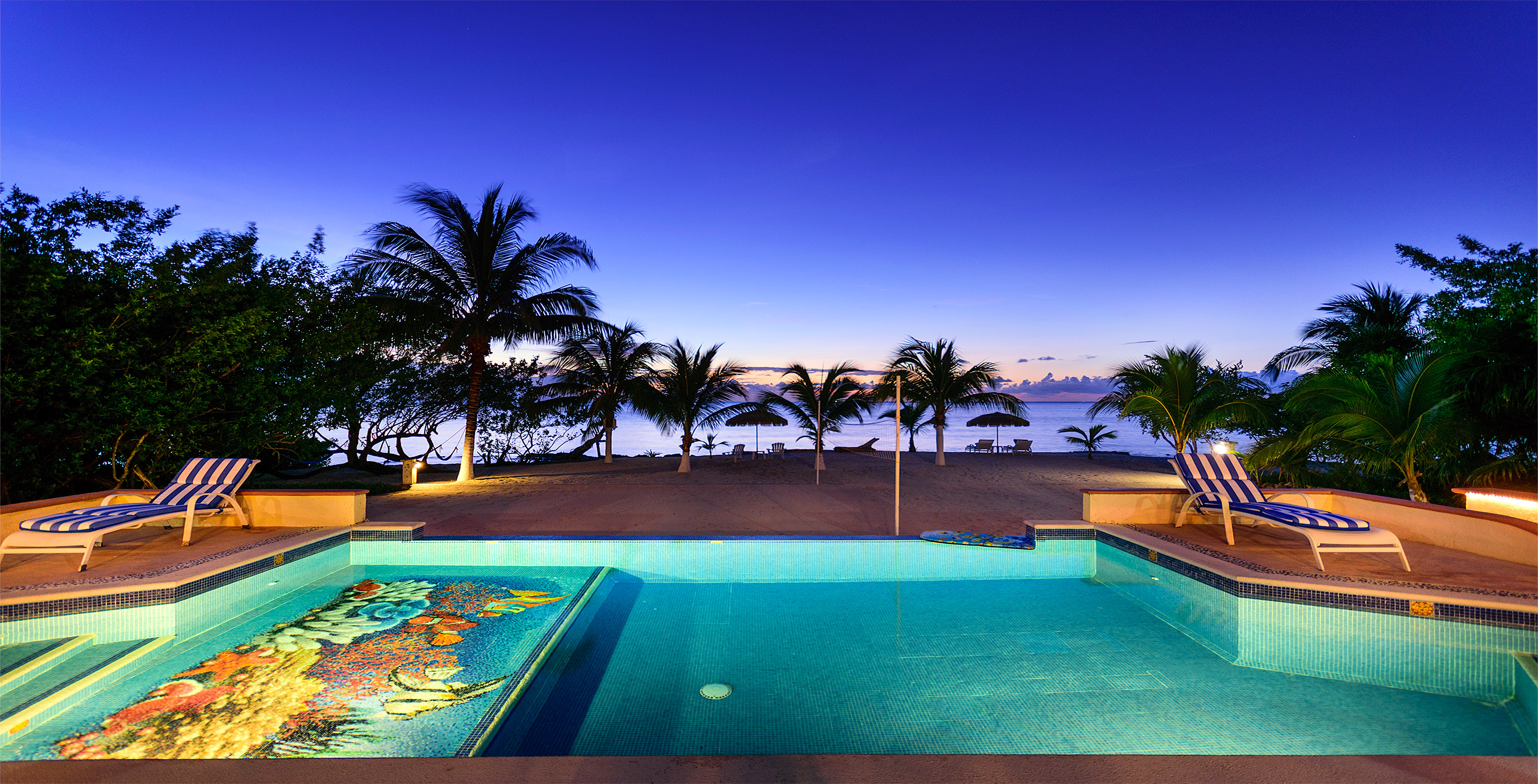 Hasil gambar untuk Vacation Condo Rentals Vs Five Star Hotels